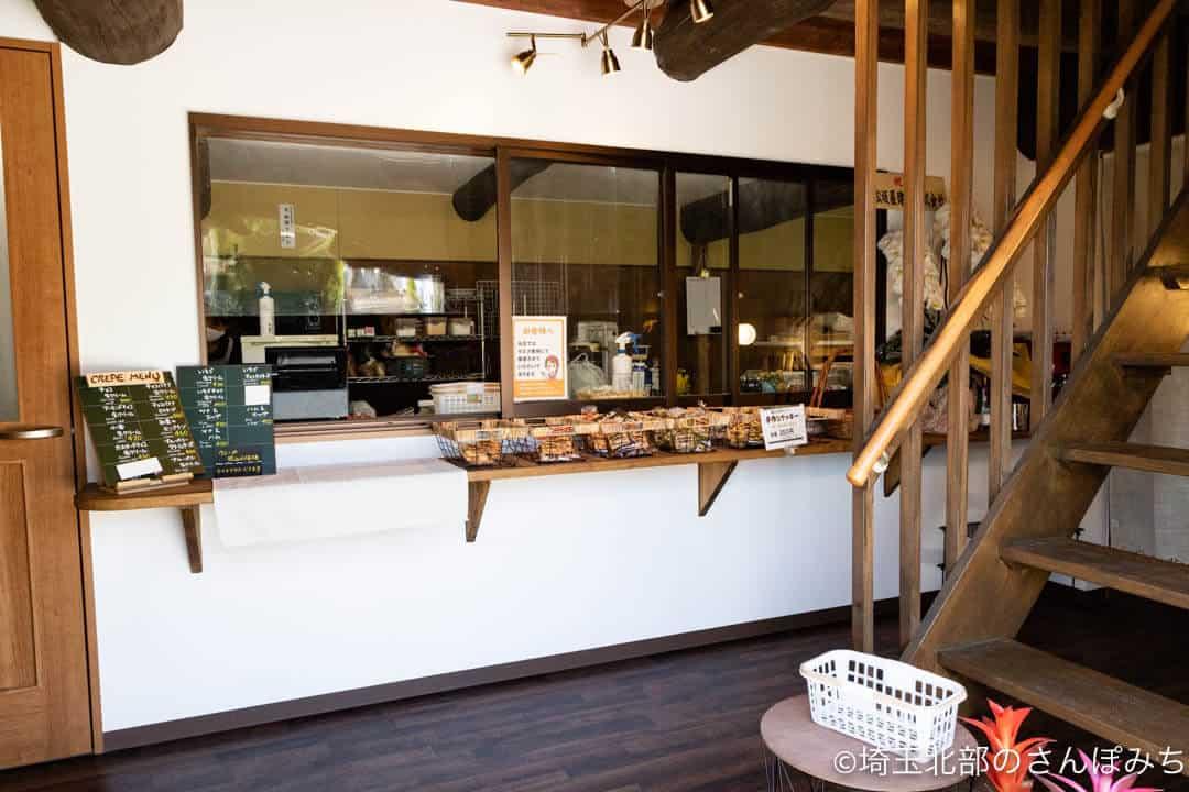行田・菓子工房オリーブの店内